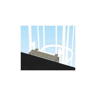 Gradino di uscita per scale con gabbia