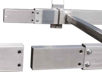 Spinotti di giunzione scala realizzati in robusto profilo rettangolo di alluminio